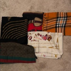 5 Scarves for 1